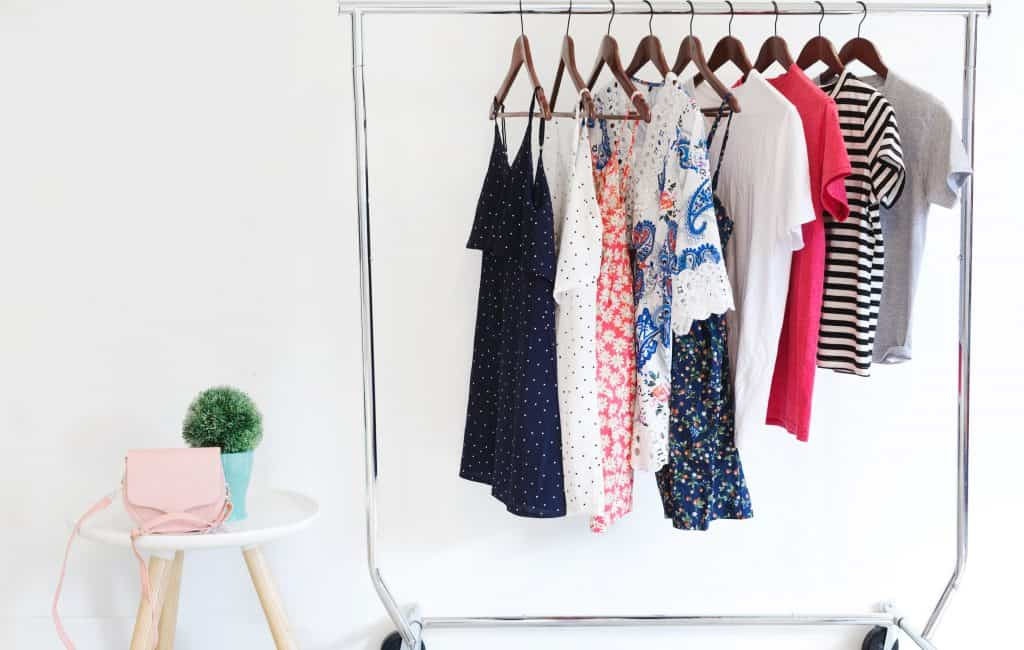 rack-of-womens-clothing