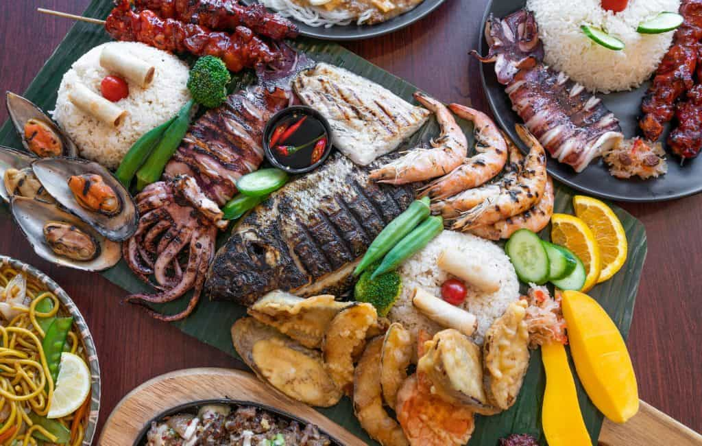 seafood-feast-at-restaurant